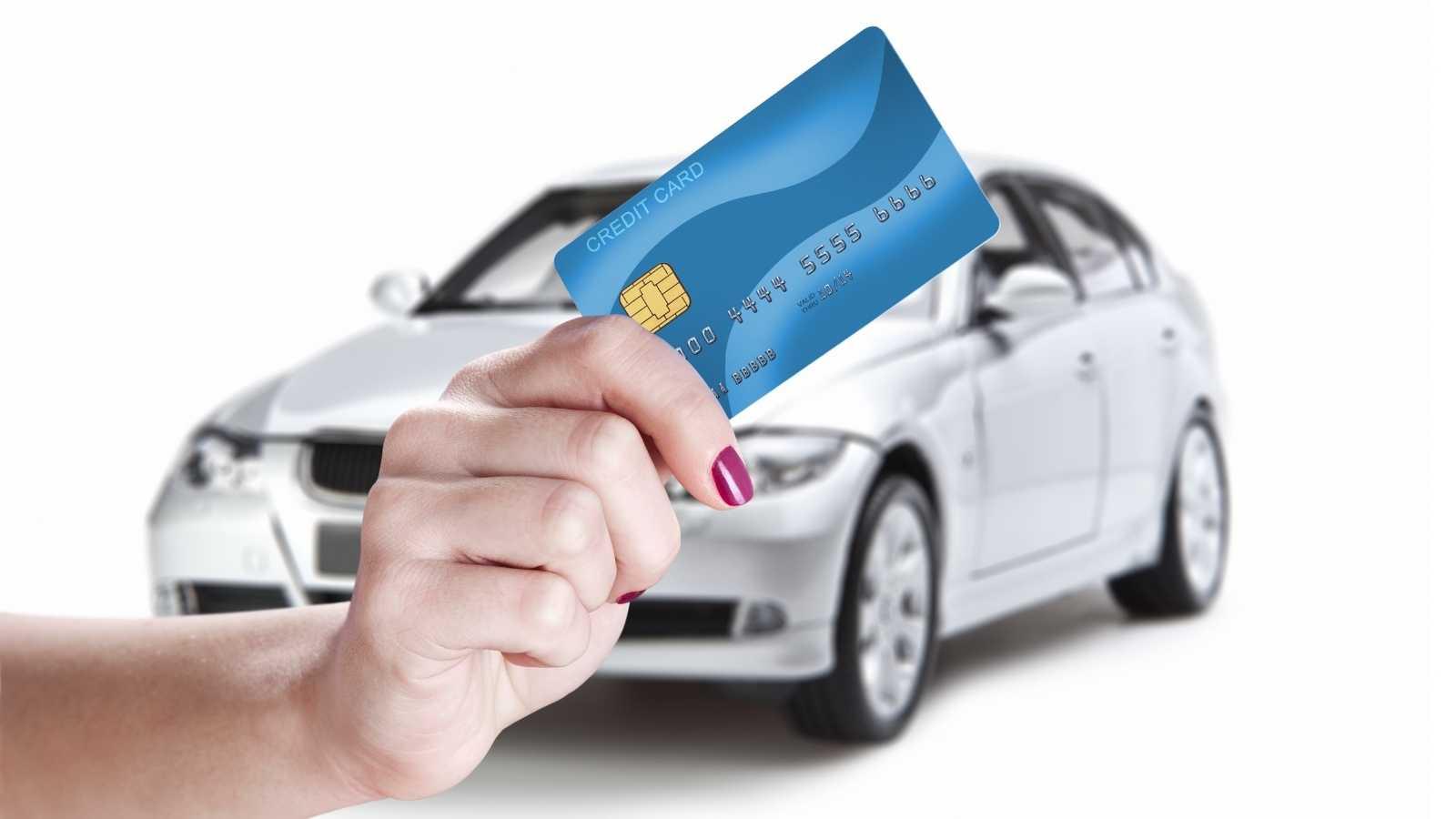 ilustrasi kredit mobil lewat bank syariah